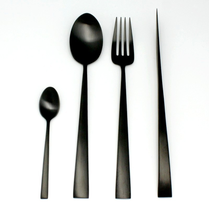Couverts duna en inox noir bross de la marque cutipol for Couverts de table design