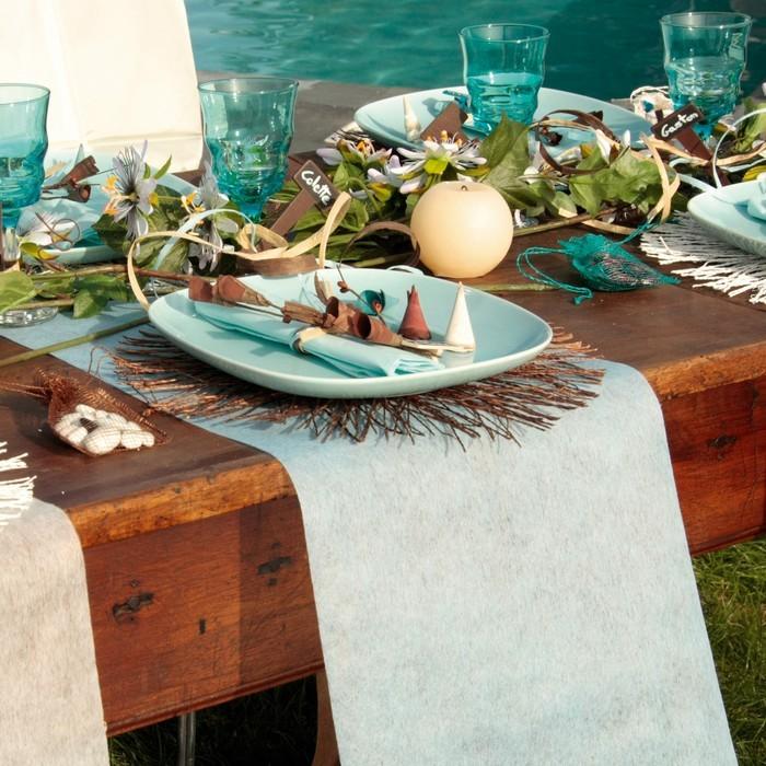 Rouleau de 10 m tre chemin de table bleu cliel en polyester non tiss - Chemin de table en rouleau ...
